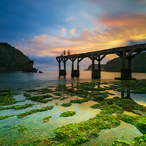When the Sun is Going Down by Alfon Adalah Klepon - Landscapes Sunsets & Sunrises ( indonesia, blue hour, sunset, java, beach,  )