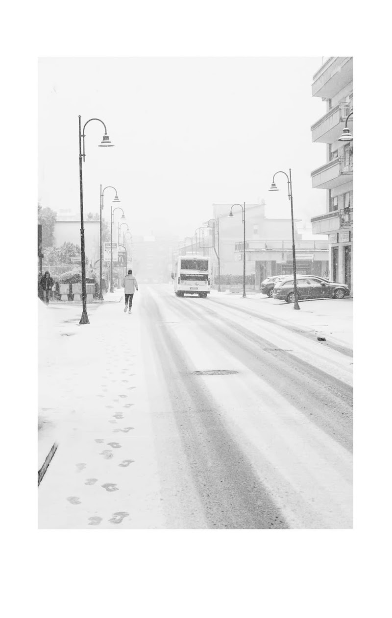 Bianco è la neve  di SimonePiroskyPh