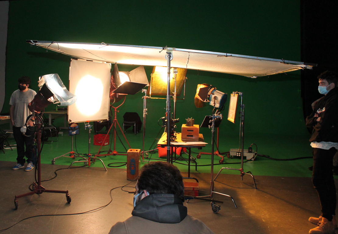 Inside the Classroom at MPI: See How Filmmaking Works - Blog - Motion Picture Institute - jxmSxNwx3vWbYBOkz8PCNoi45DeIQqsFipAfzQSq29-p_YuVmnVNaYqBAu_Uh_FuKQP8vmdVRcbMqv1hco1S0tNTgDqSX-HpE60wTp-G88aORFbpcN7E1rQXfXsbG8hvZgRRIRdg