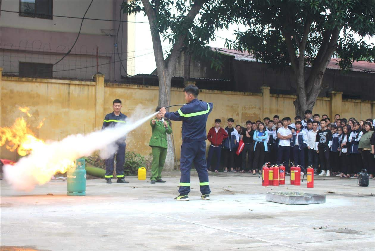 Cách xử lý bình gas bị rò khí