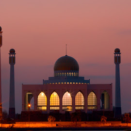 The Mosque by Ryan Dominguez - Buildings & Architecture Places of Worship ( mosque, thailand, sunset )