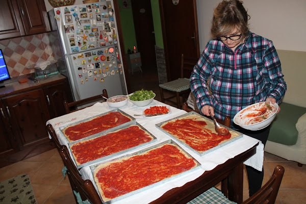 Pizza fatta in casa... di AntoMa