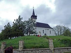 Palágykomoróci Református templom megtekintése. Itt nyugszik Büttler Károly, Mikszáth Kálmán Különös Házasság c. művének ihletője