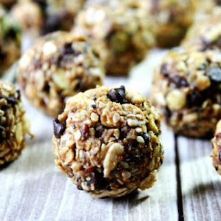 Nuttzo Chocolate Nut and Seed Balls (Vegan, Gluten-Free, Dairy-Free, No-Bake, No Refined Sugar)