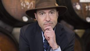 George Van Mellaert es el autor de los libros en que se basa la serie.