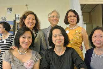 Photo: Chi Lan, ThaiVi, Monique Josée, Sr Marie Liesse, Evelyne