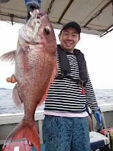 Photo: これもインチクで! ナイスサイズの真鯛キャッチ!
