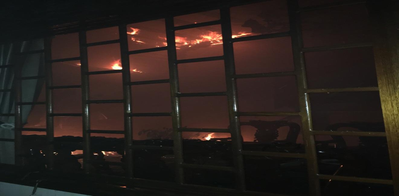 Cháy nhà dân tại phường Thắng Lợi, thành phố Kon Tum
