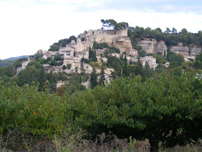 Photo: And a final look up a Cassis hillside, to complete a very pleasant coastal day.