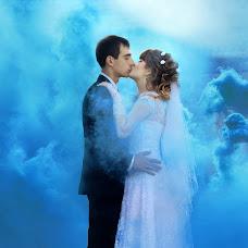 Wedding photographer Sergey Strakhov (7mash). Photo of 13.12.2014