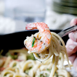 30 Minute Roasted Shrimp and Broccoli Fettuccine Alfredo (Lightened up!).