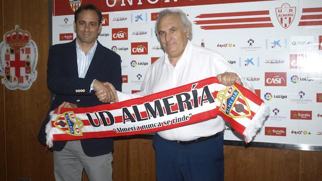 Fran Fernández y Alfonso García asisten al Almería de la ilusión