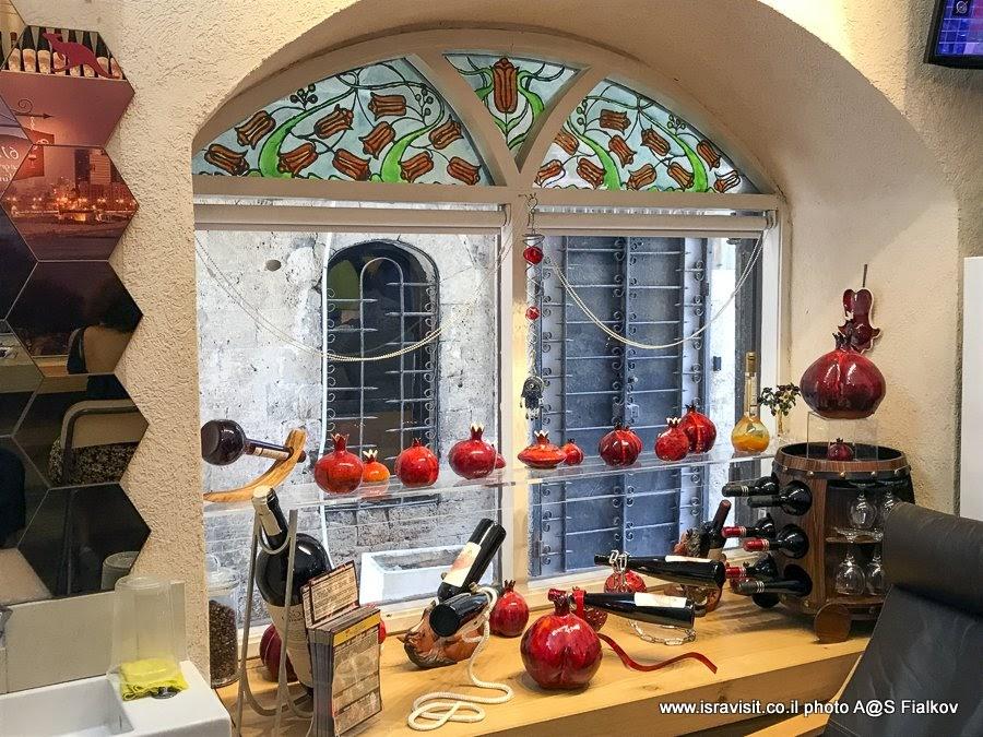 Винный бутик  Pomegranate - гранатовые вина. Экскурсия в Яффа, Израиль.