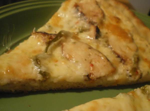 Smoked Chicken And Jalapeno Pizza