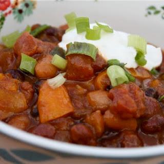 Slow Cooker 3-Bean Pumpkin Chili