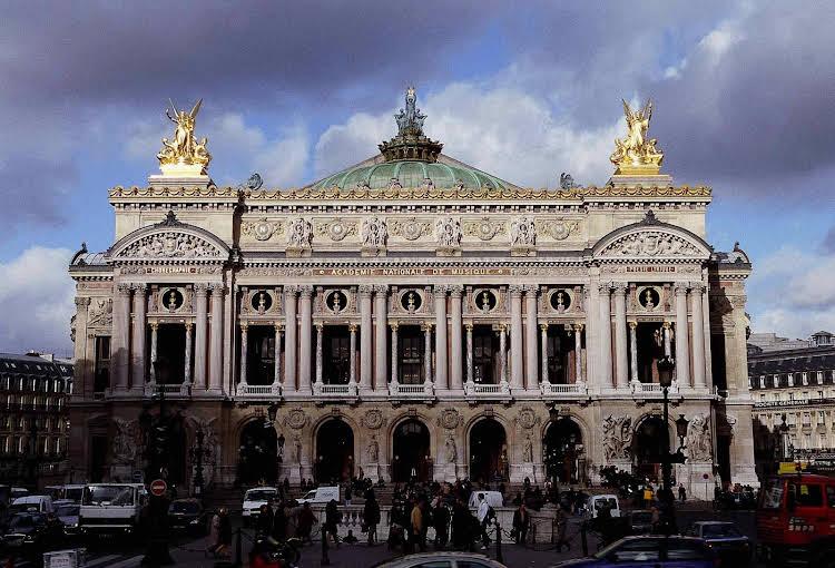 Mercure Paris Champs Elysées