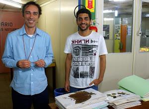 Photo: André Amorim, curador do CEPEC e seu aluno de doutorado, Diogo Rocha.