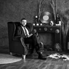 Wedding photographer Yulya Zakirova (Zira). Photo of 18.04.2017