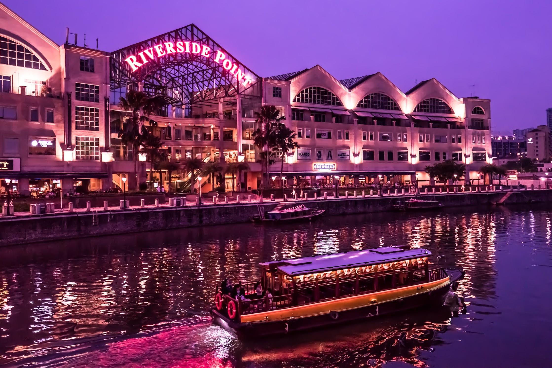 Singapore Clarke Quay evening view3