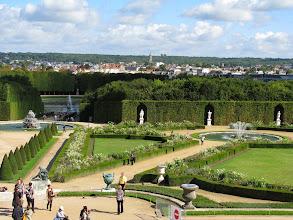 Photo: Le Chateau de Versailles gardens
