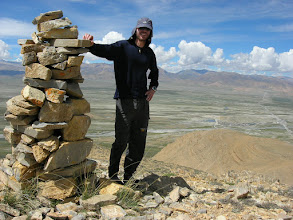Photo: Lyngve has hiked to a mountain top (approx 5000m) outside of Tingri