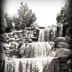 Wee chi tah Falls by Sherry Dennis - Black & White Landscapes