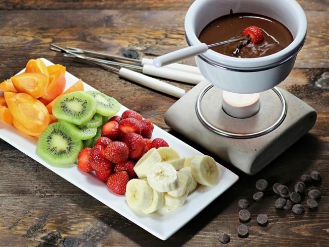 2 Minute Chocolate Fondue Recipe