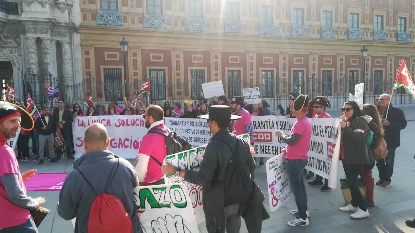 Última huelga y concentración en el Palacio San Telmo (Sevilla) el 19 de febrero.