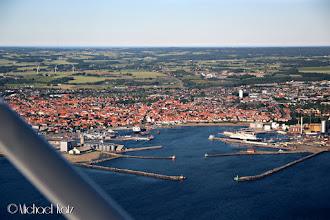 Photo: Vi passerer Rønne mens vi er på finalen til Bornholm