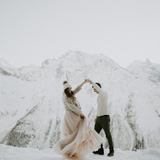 Wedding photographer Sasha Sych (AlexSich). Photo of 28.02.2018