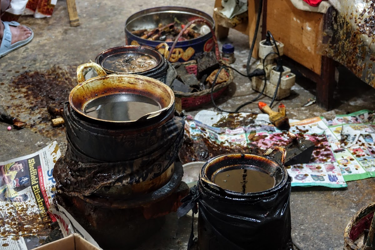 Indonesia. Crafts . Hot Wax.
