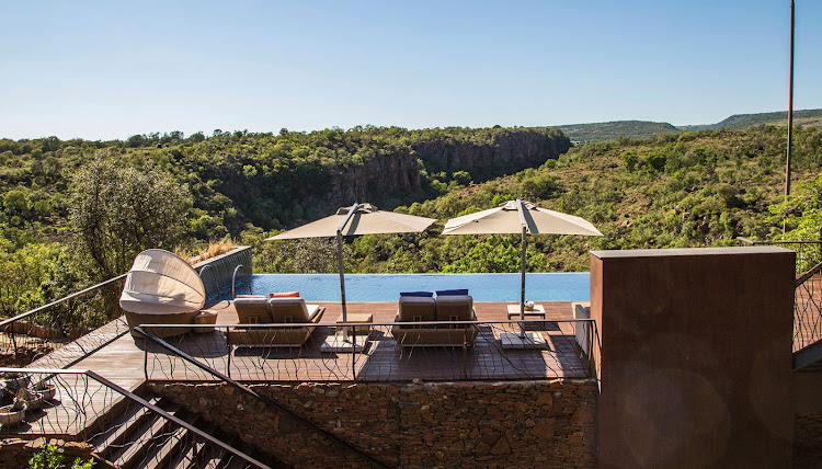 Moledi Gorge main lodge pool with a view.