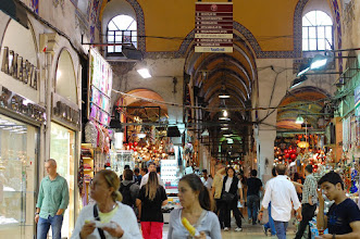Photo: The world's oldest shopping mall