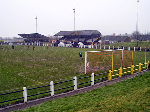 Photo: 08/04/06 v Northallerton Town (Northern League Division 2) 0-0 - contributed by Mike Latham