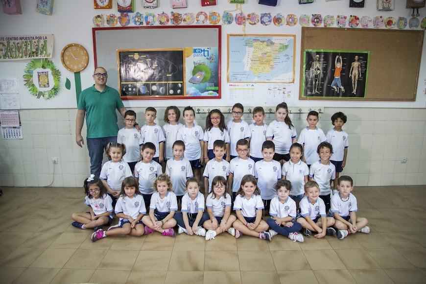 Almería. Colegio Sagrada Familia, 1ºA
