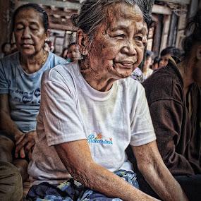 Nenek Tua by Ricky Inex's - People Portraits of Women