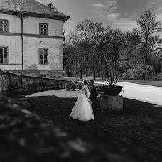 Wedding photographer Gábor Badics (badics). Photo of 16.04.2018