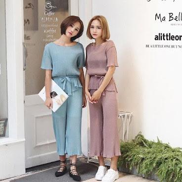 新款韓版套裝 $239 (上衣+下身裙) 有興趣聯絡:6991-7992