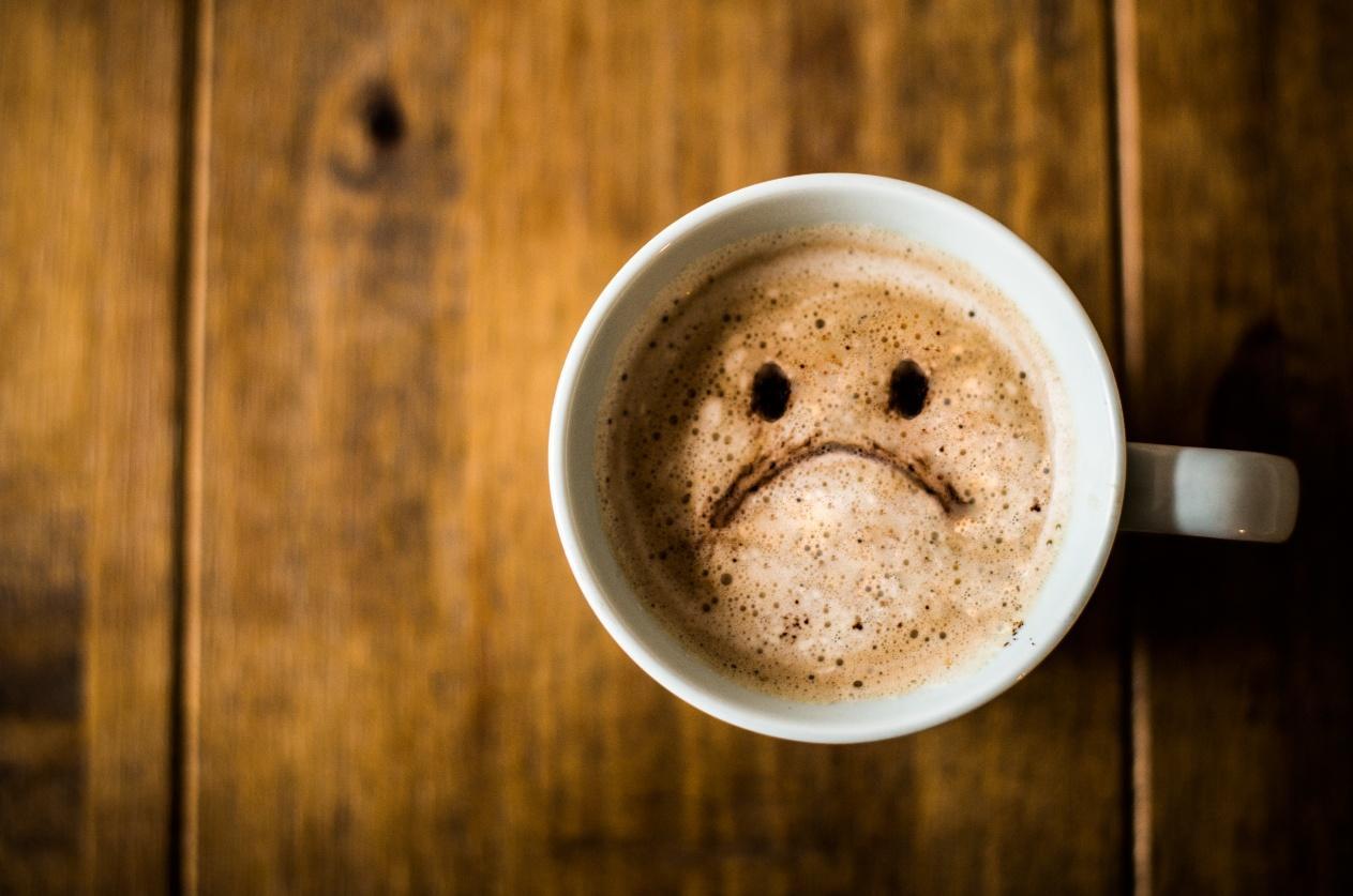 5. Tips Jaga Kesehatan di Tempat Kerja - Batasi Konsumsi Kafein