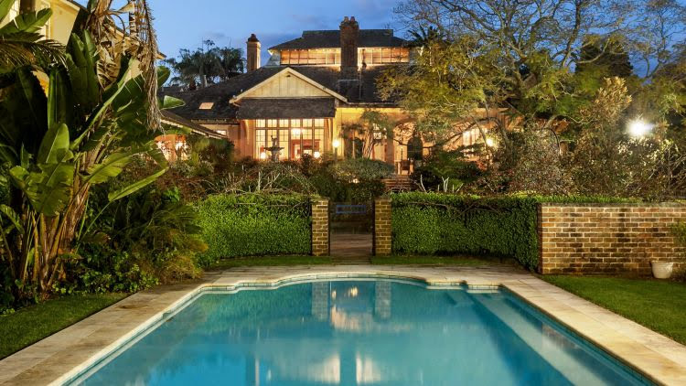 The swimming pool dates back to 1918 and is one of the oldest in Sydney.