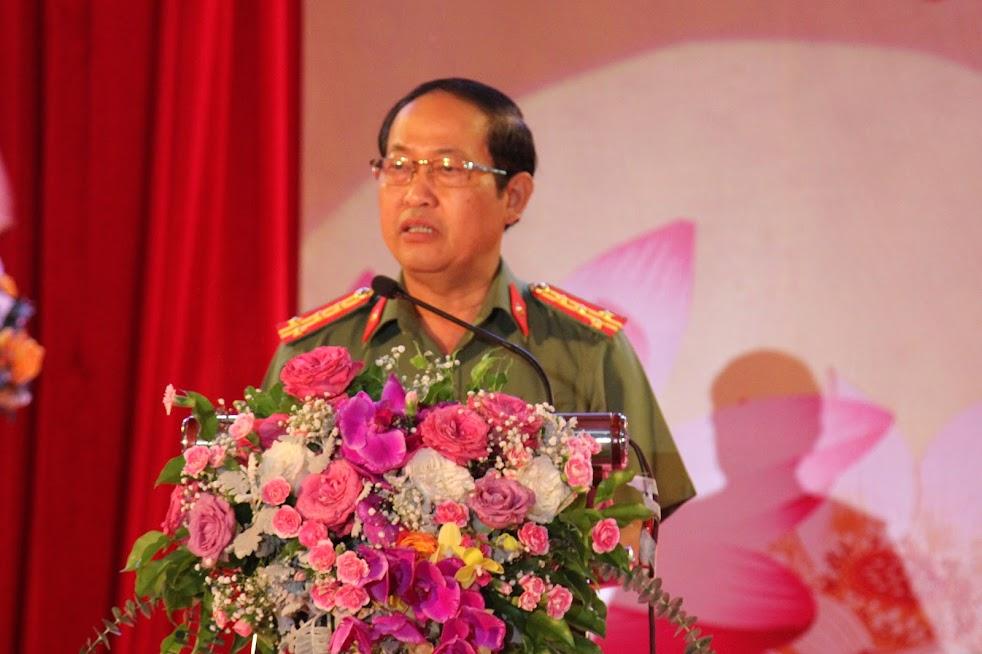 Đồng chí Đại tá Nguyễn Tiến Dần, Phó Giám đốc Công an tỉnh, Trưởng Ban tổ chức phát biểu bế mạc