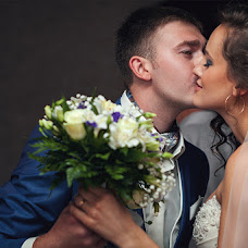 Wedding photographer Aleksandr Bondarev (AleksBond). Photo of 31.08.2014