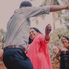 Wedding photographer Saikat Sain (momentscaptured). Photo of 11.12.2018