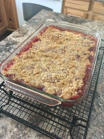 Homemade Cherry Crisp Recipe
