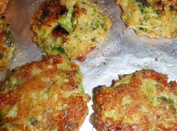 Baked Broccoli Patties