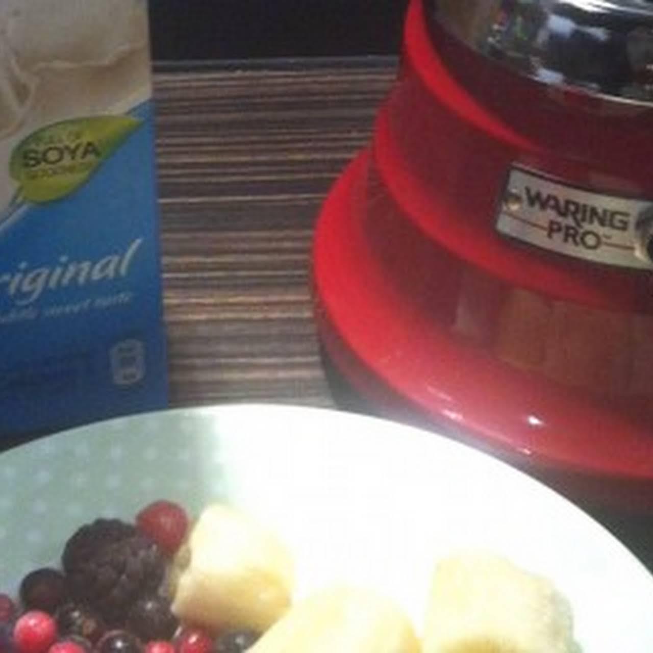 Berry & Soya Milk Smoothie