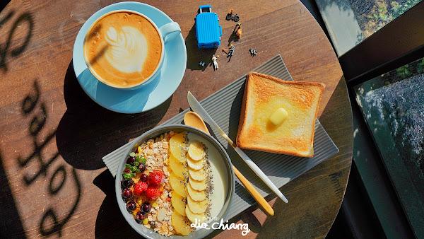 Gear Moto Cafe Shop