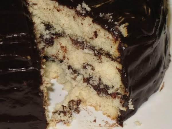 The Perfect Yellow Homemade Cake