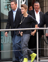 Photo: Justin Bieber wades through the crowds of adorning fans at NRJ radio station in Paris, France on May 31st, 2012. RESTRICTIONS APPLY: USA/AUSTRALIA/NEW ZEALAND ONLY