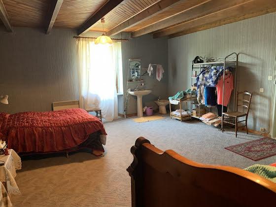 Vente maison 3 pièces 194,11 m2